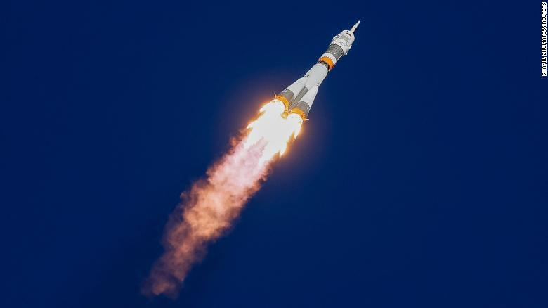 US & Russian Astronauts escape after emergency landing the Soyuz rocket