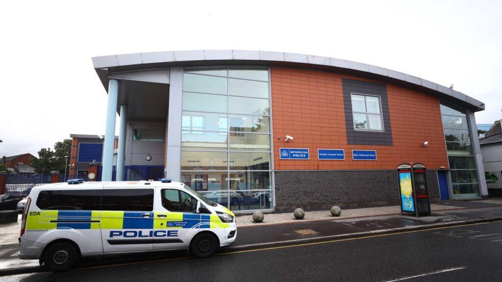 Policeman Shot Dead in Croydon